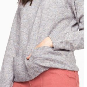 Scoop Neck Pocket Hem Sweater